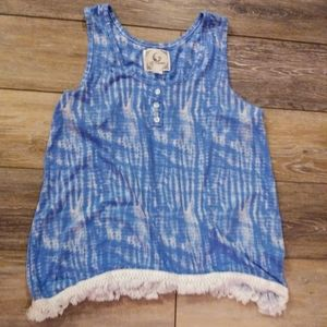 4/25Sale!💕Pj Couture blue and white pajama top